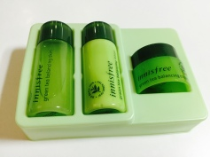innisfree green tea balancing samples